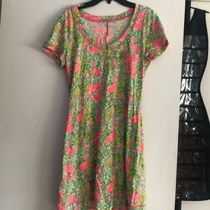 Lilly Pulitzer dress (Size M)